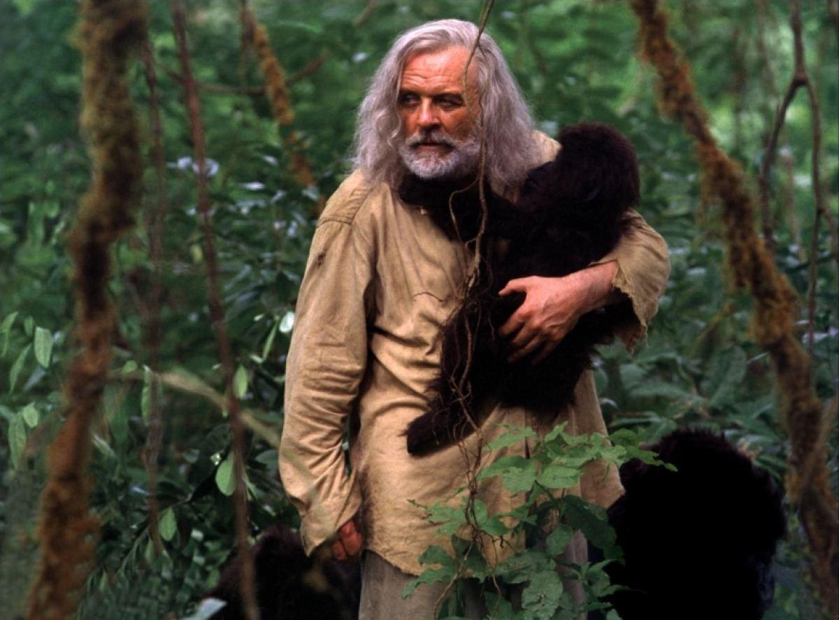 Ethan Powell con gorilas